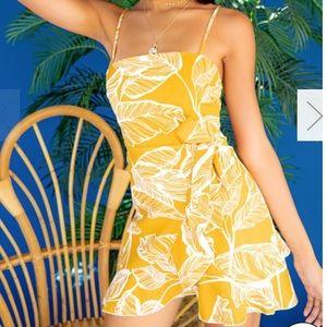 Dresses & Skirts - Yellow Side Ruffle Dress